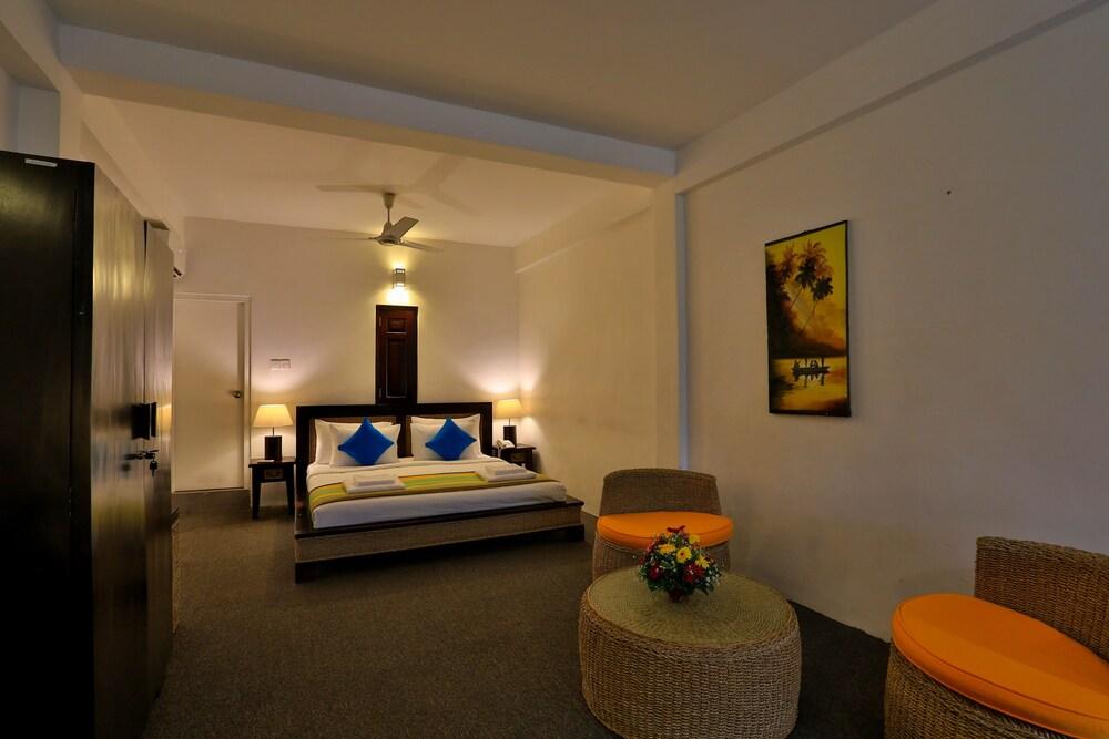 St. Lachlan Hotel & Suites, Negombo