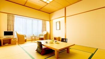 ルーム ベッド (複数台) 禁煙 オーシャンビュー (Japanese Style)|ANA ホリデイ・イン リゾート宮崎