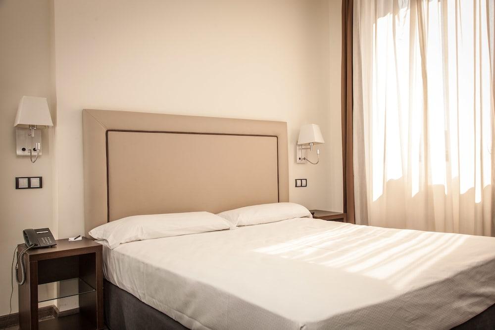 ホテル ドーム マドリッド