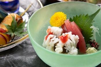 HOKKAIKAN OHANABO Food and Drink