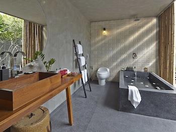 Villa Villa Pattaya - Bathroom  - #0