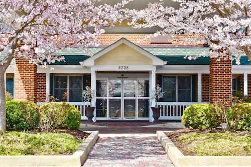 . Best Western Plus Easton Inn & Suites