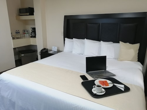 . Best Western Real Tula Express