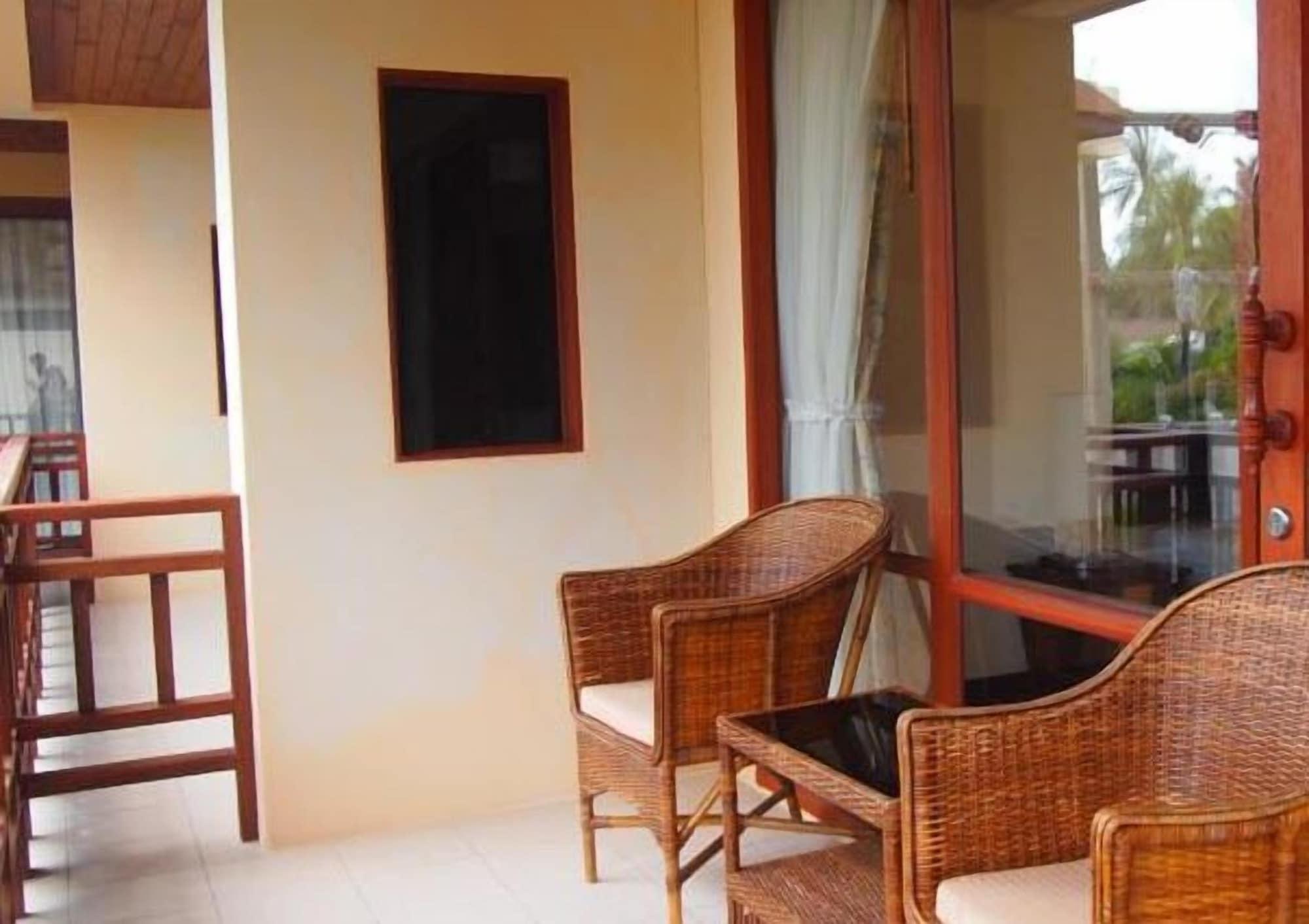 Summer Inn, Ko Samui