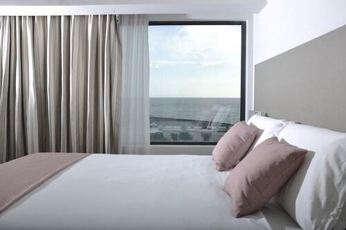 Hotel Poseidon, Napoli