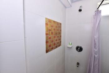 Bora Sky Hotel Boracay Bathroom