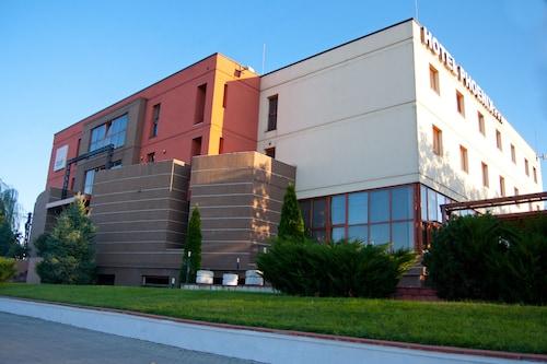 . Hotel Phoenix