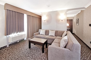 Suite, 1 King Bed with Sofa bed, Non Smoking, Hot Tub (with Sofabed)