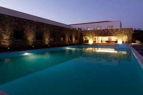__{offers.Best_flights}__ Exe Vila D'Obidos