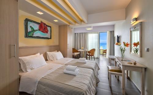 __{offers.Best_flights}__ Palm Beach Apartments - Studio