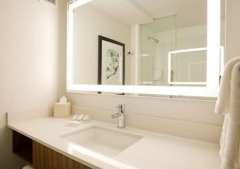 Bathroom at Hilton Garden Inn New York/Central Park South-Midtown West in New York