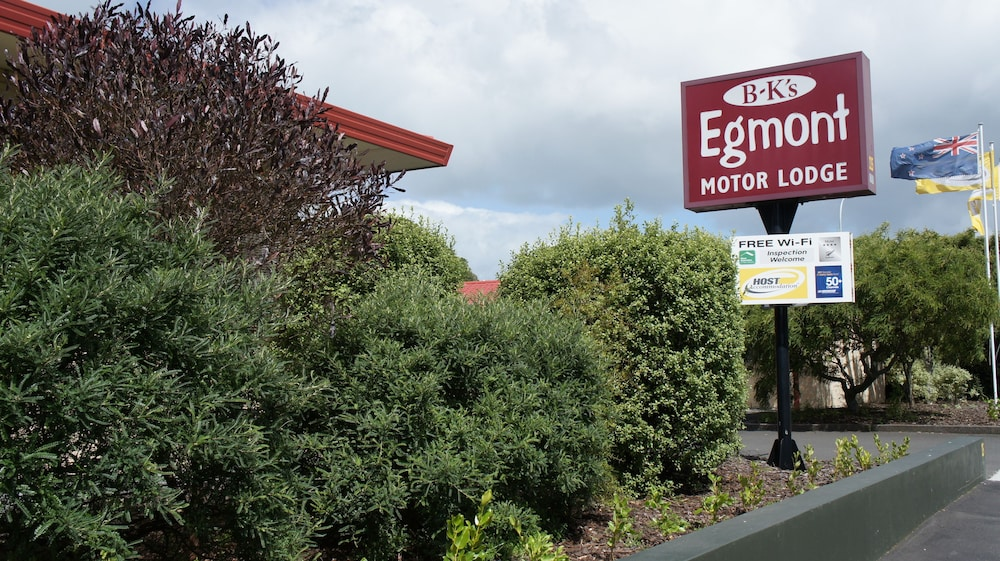 Bks Egmont Motor Lodge
