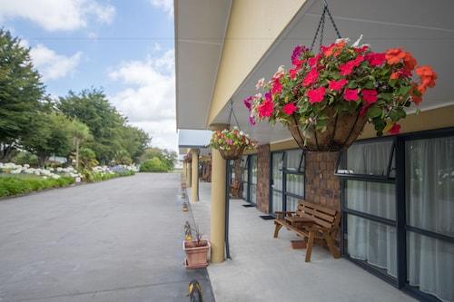 . Antonio Mews Motel