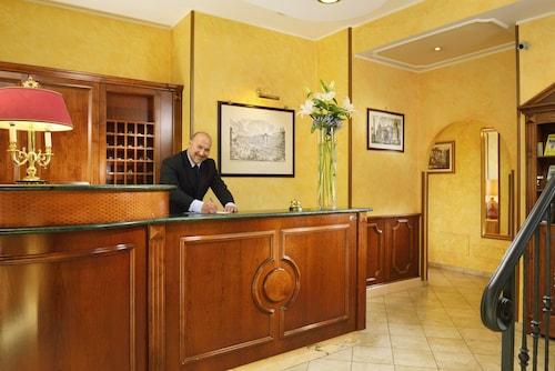 Hotel Tuscolana, Roma