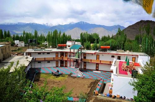 Hotel Kanika Himalayanview, Leh (Ladakh)