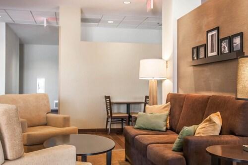 . Sleep Inn & Suites Devils Lake