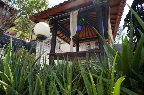Villa Mataano, Lombok Barat