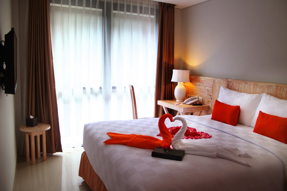The Edelweiss Boutique Hotel Kuta Bali Hotel Price Address