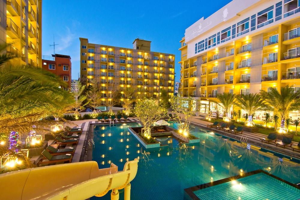 グランド ベッラ ホテル