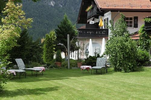 Hotel Edelweiss garni, Garmisch-Partenkirchen