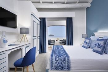 Superior Double Room, Sea View (2 ad + crib)