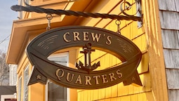 Crew's Quarters Historic GayGuesthouse
