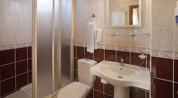 Triana Hotel - Bathroom  - #0
