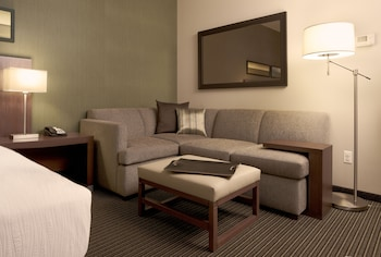 Room, 2 Queen Beds (High Floor, with Sofabed)