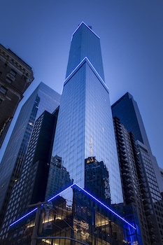 Courtyard by Marriott New York Manhattan / Central Park photo