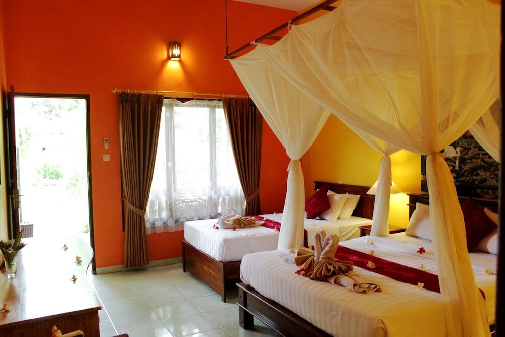 https://i.travelapi.com/hotels/8000000/7040000/7039200/7039199/0a508330_z.jpg