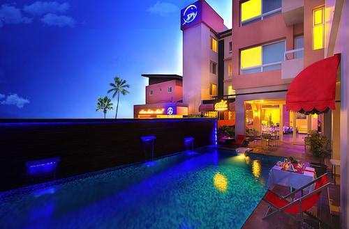 . Home Suites Boutique Hotel