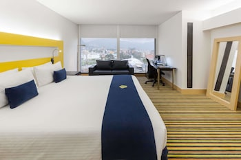 Deluxe Room, 1 King Bed (Executive Deluxe Room)