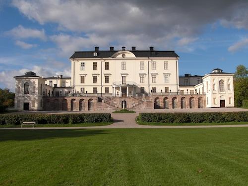 . Rosersbergs Slottshotell