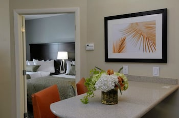 Hotel - Staybridge Suites St. Petersburg Downtown