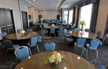 聖彼得堡市中心駐橋套房公寓飯店 - IHG 飯店 Staybridge Suites St. Petersburg Downtown, an IHG Hotel