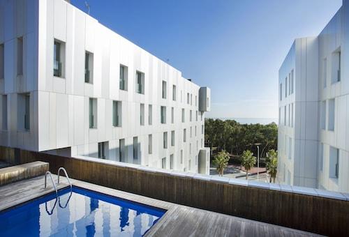 . Durlet Beach Apartments
