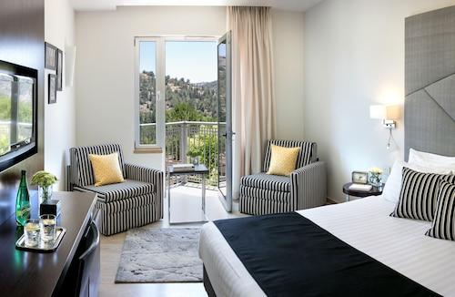 . Hotel Yehuda