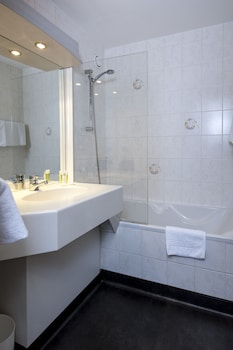 Brit Hotel Belfort Centre - Le Boreal - Bathroom  - #0