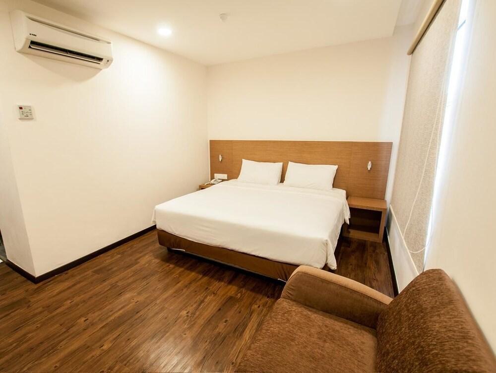 ナゴヤ イン ホテル