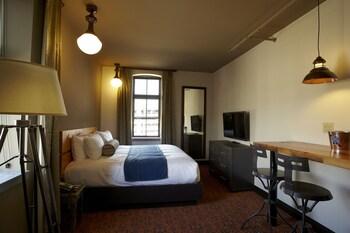 Suite, 1 Bedroom (Queen)