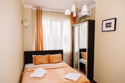 Iceberg Hotel, Krasnodar gorsovet