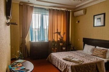 Iceberg Hotel - Living Room  - #0