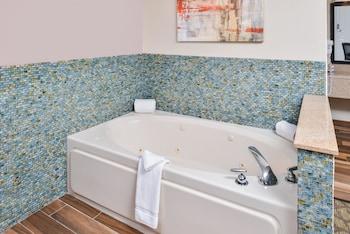 Best Western Of Hartland - Bathroom  - #0