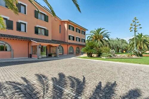. Hotel Villa Luigi