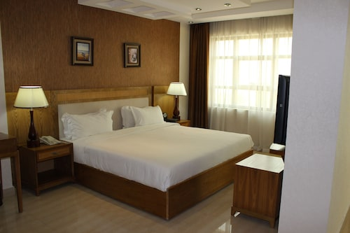 City Center Hotel, A Seeb