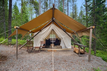 Safari Tent - Shared Bath