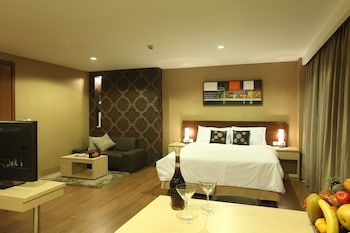 Suite (Includes Free Laundry 2 pcs / day)