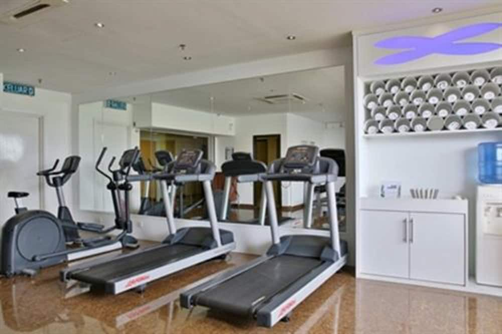 Health and Fitness : Gym 24 of 76