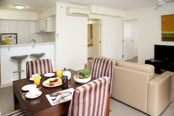 ケアンズ セントラル プラザ アパートメント ホテル