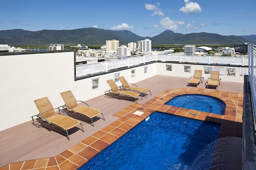 . Cairns Central Plaza Apartment Hotel